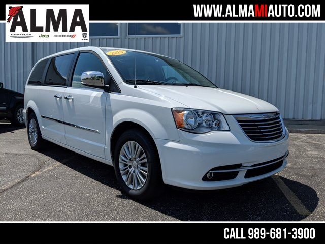 Pre Owned 2015 Chrysler Town U0026 Country Touring L